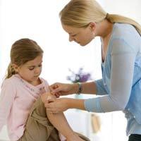 Cách sơ cứu vết thương tại nhà cho trẻ