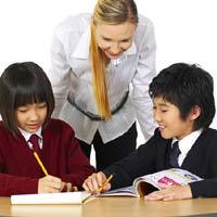 Cho con học tiếng Anh sớm - Nên hay không?
