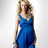 Váy đẹp cho bà bầu đi dự tiệc