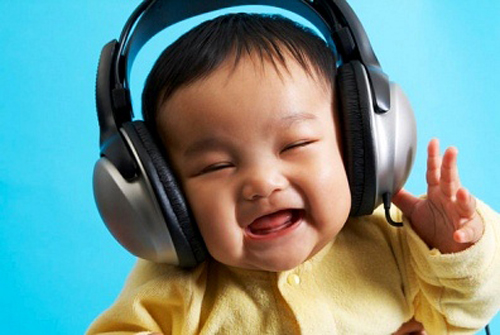 Tác dụng kì diệu của âm nhạc với trẻ nhỏ - 1