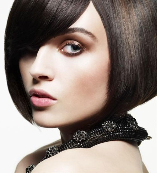 Thanh lịch kiểu tóc ngắn cổ điển