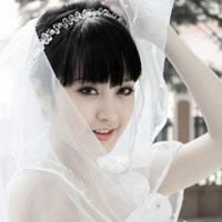 Hôm nay, hot girl Mi Vân lên xe hoa