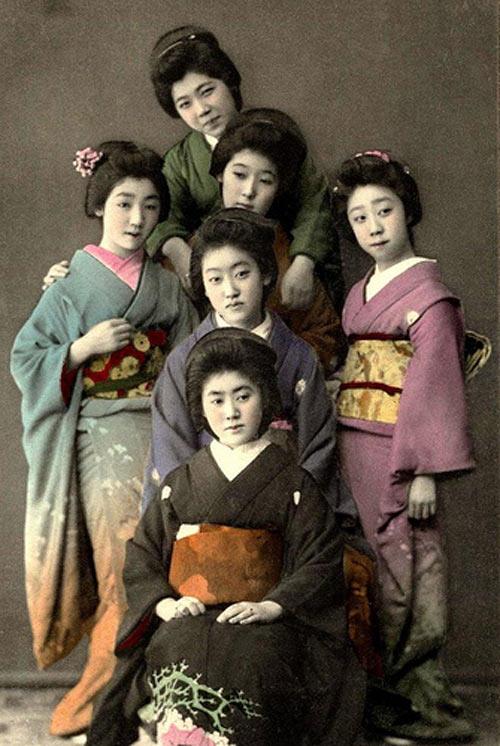 suc hut tu trang phuc truyen thong kimono - 4