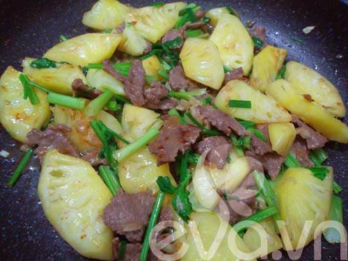 Thịt bò xào dứa đơn giản, dễ ăn - 7