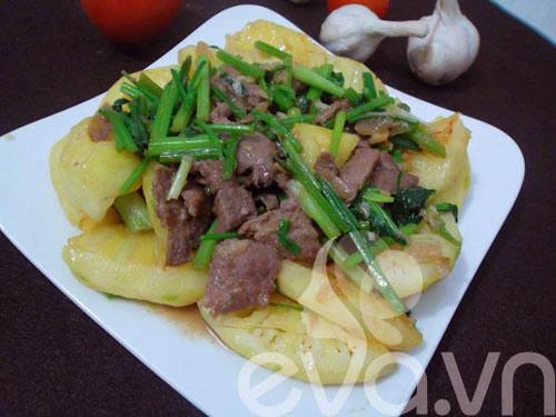Thịt bò xào dứa đơn giản, dễ ăn - 8