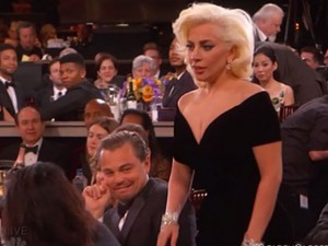 Leo DiCaprio xin lỗi Lady Gaga vì biểu cảm khó đỡ tại QCV