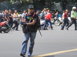 Cảnh tượng lạ trong vụ tấn công liên hoàn ở Indonesia