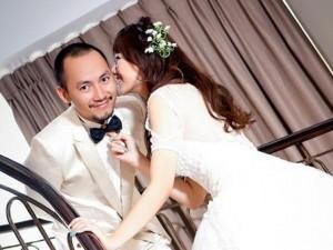 Xem lại khoảnh khắc Tiến Đạt quỳ gối cầu hôn Hari Won
