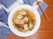 Bếp Eva - Mì xào hải sản nhìn là muốn ăn!