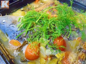 Cá chép om dưa hấp dẫn cơm cuối tuần