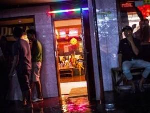 Cuộc chiến đóng cửa thủ phủ mại dâm ở Indonesia