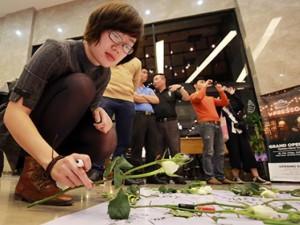 Đại sứ quán Bỉ tại Hà Nội tưởng niệm 34 nạn nhân vụ khủng bố