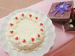 Cách làm bánh gato kem dừa tặng bé
