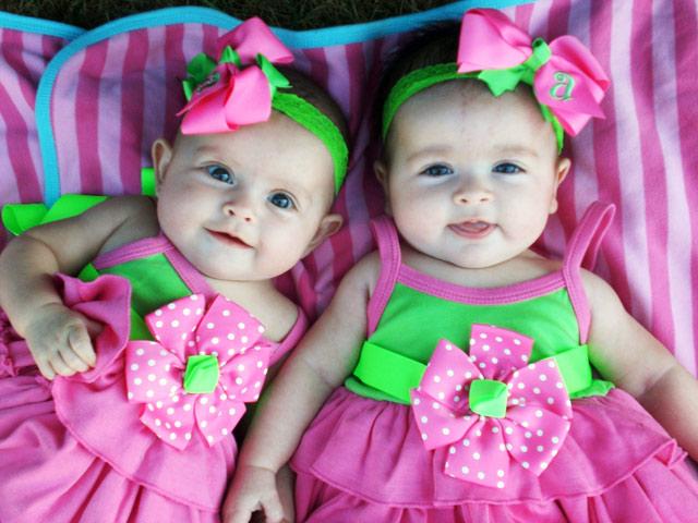 Những yếu tố giúp mẹ tăng cơ hội có thai đôi