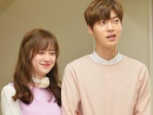 Không mặc váy cưới, hôn lễ của Goo Hye Sun độc nhất vô nhị
