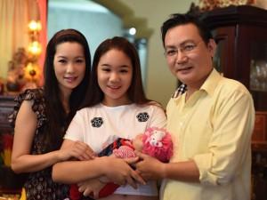 Trịnh Kim Chi mạo hiểm sự nghiệp sinh con ở tuổi 43