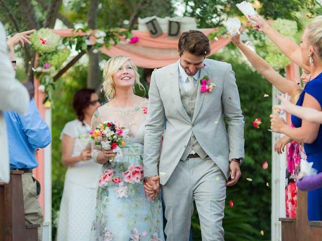 Ảnh hiếm hoi trong đám cưới lần 3 của Jennie Garth