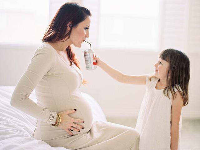 Mang bầu, mẹ đừng làm những việc này kẻo gây hại thai nhi!