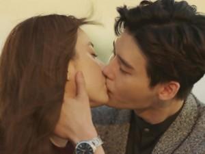 Hai thế giới tập cuối: Cái giá đắt cho hạnh phúc của Lee Jong Suk và Han Hyo Joo