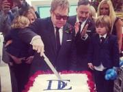Dàn sao khủng tới đám cưới đồng giới của Elton John