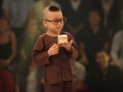 Làm mẹ - Cậu bé 4 tuổi gây xôn xao với clip hát 'Vợ người ta' cực ngọt