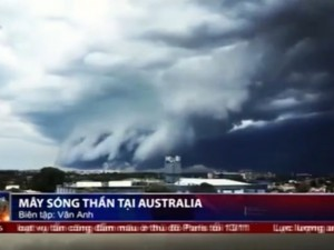 """Tròn xoe mắt trước """"mây sóng thần"""" tại Úc"""