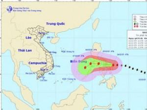 Siêu bão Melor giật cấp 17 đang tiến vào biển Đông