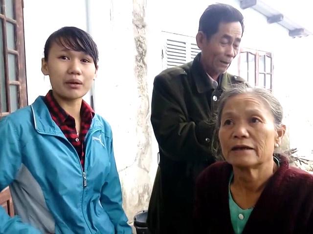 Tâm sự của vợ chồng cụ ông 70 tuổi lao mình xuống dòng nước lũ cứu nữ sinh