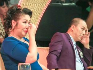 Tiếu lâm tứ trụ: NSND Hồng Vân bật khóc vì thí sinh giả giọng Phú Yên