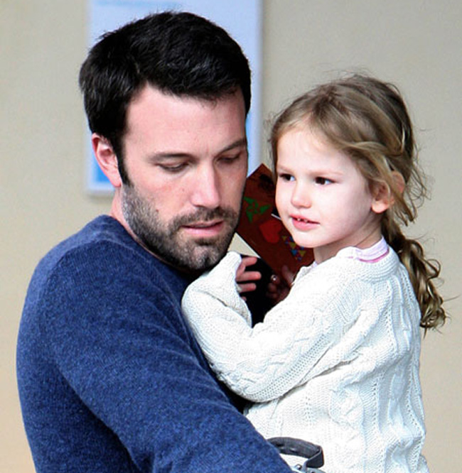 Violet Affleck, 6 tuổi, con gái cưng của Ben Affleck.