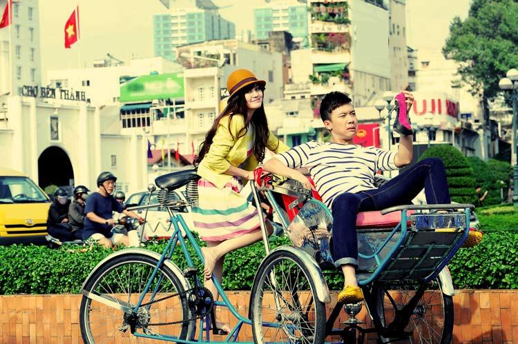 Vy Oanh cũng là ca sĩ đoạt giải ca sĩ trẻ triển vọng giải Làn sóng xanh.