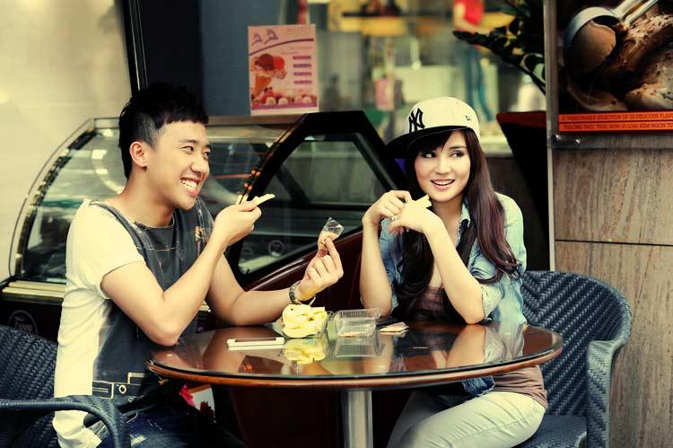 Vy Oanh cho biết, cô rất thích chương trình này bởi sự hài hước và thú vị của những người chơi.