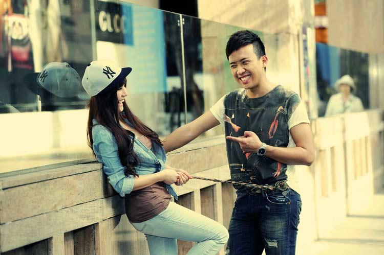Với kinh nghiệm đi trước,Trấn Thành cũng đã giúp đỡ Vy Oanh khá nhiều.