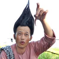 Học lỏm Hoài Linh nói láo kiếm tiền