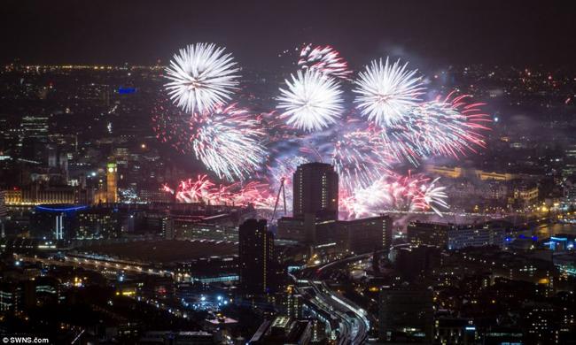 Thủ đô London ngập tràn không khí đón năm mới.
