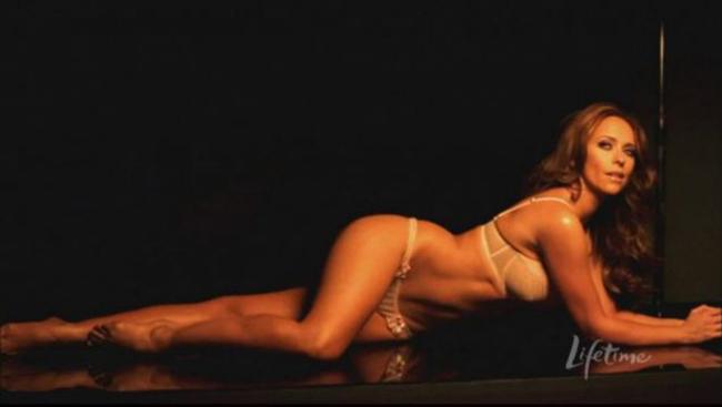 JenniferLoveHewitt vô cùng quyến rũ trên màn ảnh.
