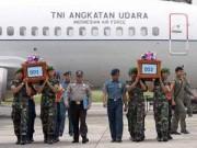 Tin tức - Máy bay AirAsia QZ8501 vỡ khi chạm mặt biển?