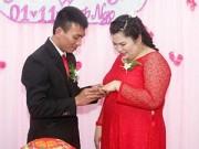 Làng sao - Diễn viên hài Tuyền Mập đính hôn với bạn trai 4 năm