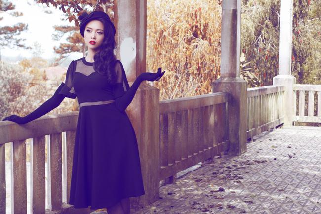 Vũ Ngọc Anh chia sẻ rằng cô rất thích phong cách cổ điển phương Tây và kiểu blend màu retro.