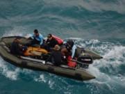 Tin quốc tế - Thời tiết xấu ngăn cản việc tiếp cận thi thể nạn nhân QZ8501