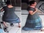 Clip Eva - 'Siêu trộm' giấu TV 42 inch trong váy
