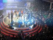 Làng sao - Rừng khán giả xúc động trong show tưởng nhớ Wanbi Tuấn Anh