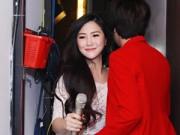 Hương Tràm vui vẻ đụng mặt tình cũ Bùi Anh Tuấn