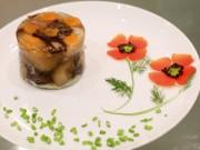 Bếp nhà tôi  - Tỉa hoa cánh bướm trang trí đĩa ăn ngày Tết
