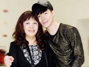 Làng sao - Nathan Lee rạng rỡ bên mẹ ở sân bay