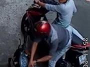 Clip Eva - Hai tên trộm xe máy trong tích tắc
