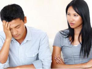 Chán nản vì chồng bám váy mẹ