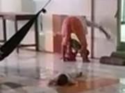Tin tức - Bảo mẫu đánh dã man trẻ mồ côi