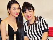Làng sao - Cao Mỹ Kim sexy, khoe da trắng ngần bên mẹ