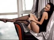 """Người mẫu - Mỹ nhân Hoa ngữ """"hái ra tiền"""" nhờ chân dài hơn 1m"""